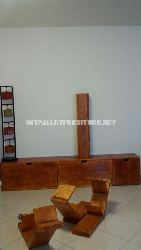 Étagères et des meubles pour la salle de séjour avec la forme de l'arbre 2