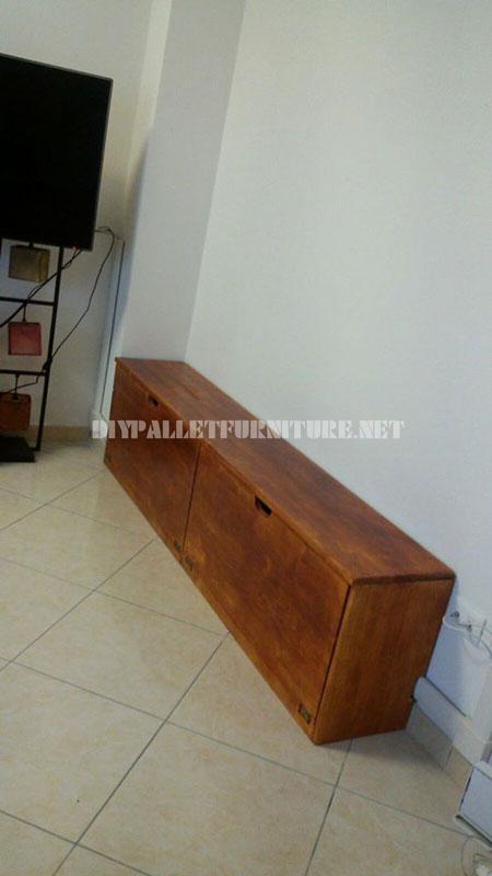 Étagères et des meubles pour la salle de séjour avec la forme de l'arbre 3