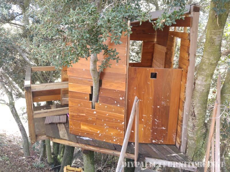 A Treehouse avec des palettes 2