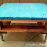 Petite table avec une palette