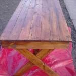 Table d'extérieur avec des palettes
