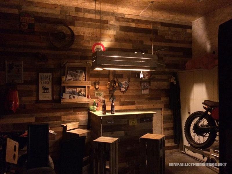bar priv enti rement r alis avec des palettesmeuble en palette meuble en palette. Black Bedroom Furniture Sets. Home Design Ideas