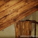Bureau de pallets avec tiroirs