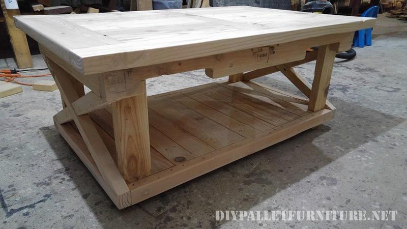 Table et banc de palettes 3