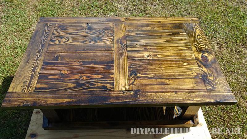 Table et banc de palettes 4