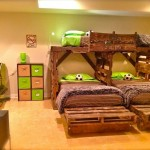lit superposé triple avec palettes