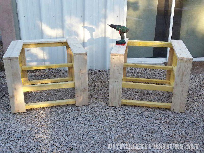 fauteuil avec palettesmeuble en palette meuble en palette. Black Bedroom Furniture Sets. Home Design Ideas