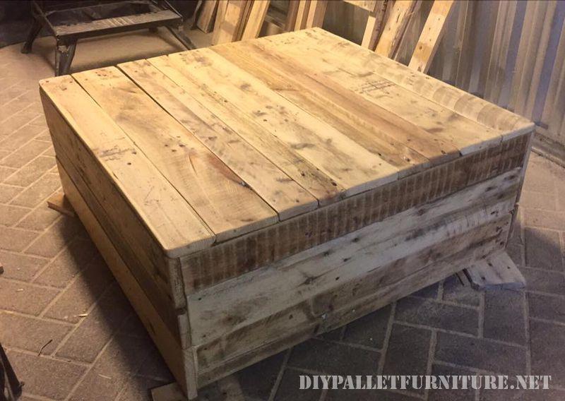 Table de salon avec une finition parfaite 1