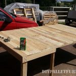 Table extensible pour la salle à manger avec palettes