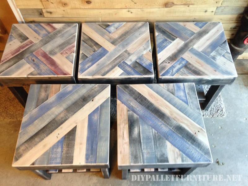 Tables avec frontières faite de palettes 4