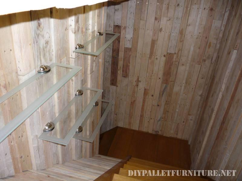 Grande salle de bain fait avec palettes 1