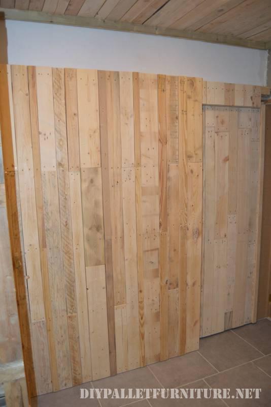 Grande salle de bain fait avec palettes 2