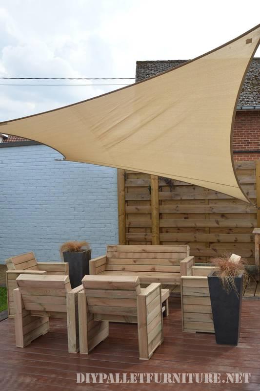 mobilier pour la terrasse avec palettesmeuble en palette. Black Bedroom Furniture Sets. Home Design Ideas