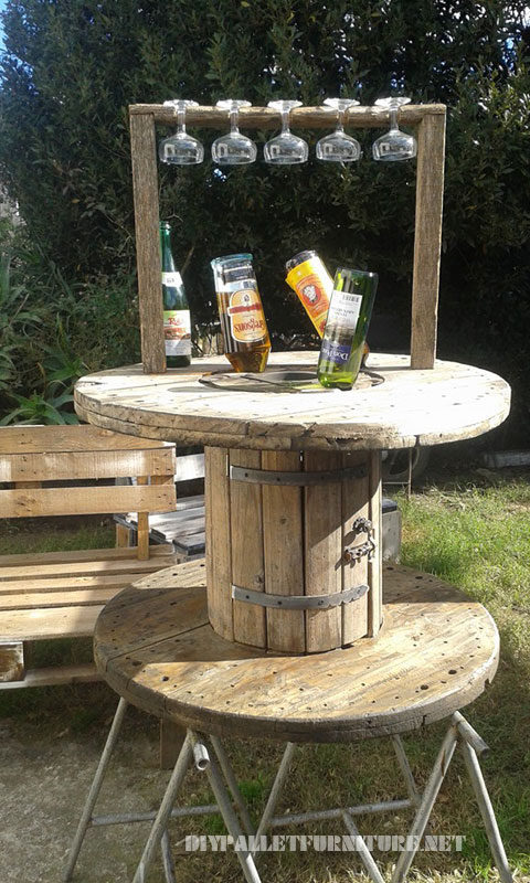 Table de vin 3