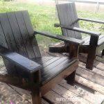 Chaise de jardin avec palettes