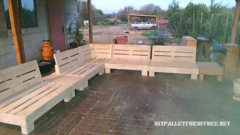 Espace barbecue meublé avec palettes 5