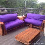 Sofas pourpres pour votre jardin