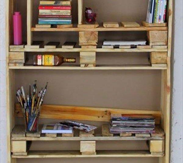 armoires de palettes meuble en palette. Black Bedroom Furniture Sets. Home Design Ideas