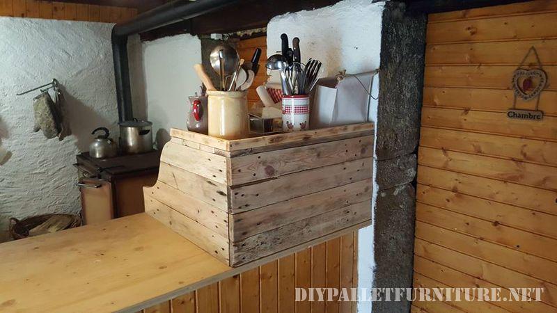 armoire-de-cuisine-auxiliaire-avec-palettes-2