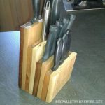 Couteaux titulaire pour la cuisine avec des palettes