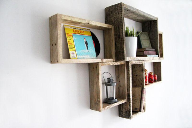 Des exemples de tablettes que vous pouvez faire avec des palettesmeuble en palette meuble en for Que faire avec des palettes bois