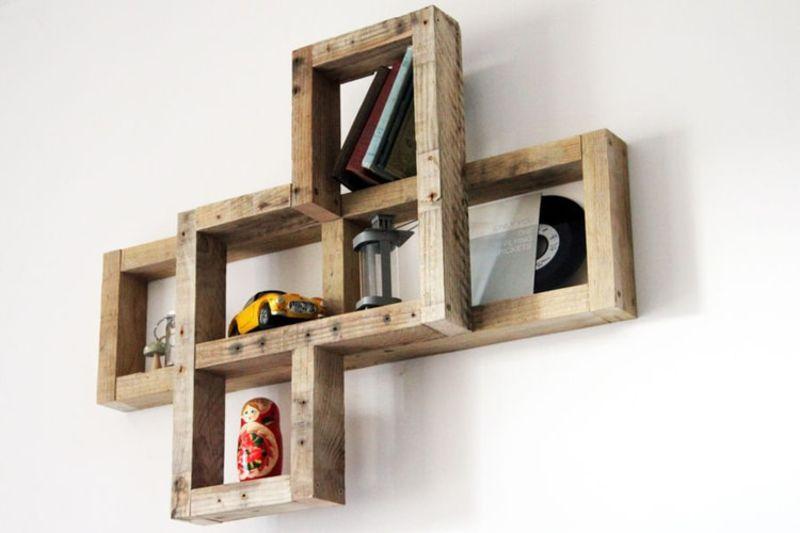 Des exemples de tablettes que vous pouvez faire avec des palettesmeuble en palette meuble en for Que faire avec une palette en bois