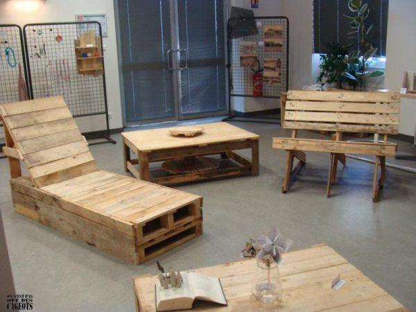 Ensemble de meubles d'origine de On ne est pas que des cageots 3