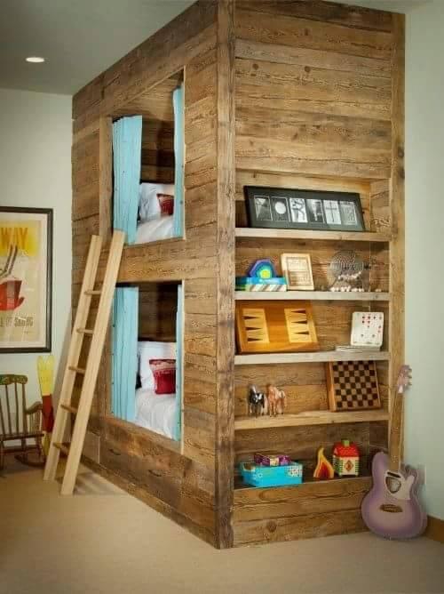 Lits superpos s et biblioth que bois r cup r meuble en - Bibliotheque en bois de palette ...