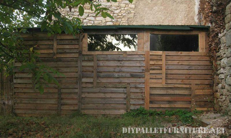 outil-shed-fait-avec-palettes-1