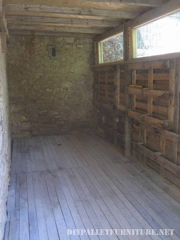outil-shed-fait-avec-palettes-3