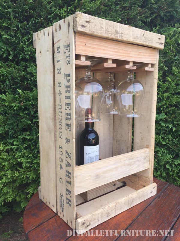 Set aficionado de vin avec une boîte de fruits 3