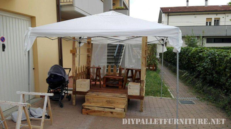 stands-pour-salons-construits-avec-des-palettes-1
