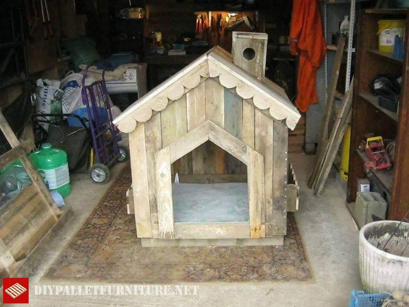 Petite maison pour les chiens avec des palettes 1meuble en for Petite maison pour chien