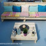 Canapé de palette et table à palette