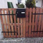 Porte de jardin avec palettes