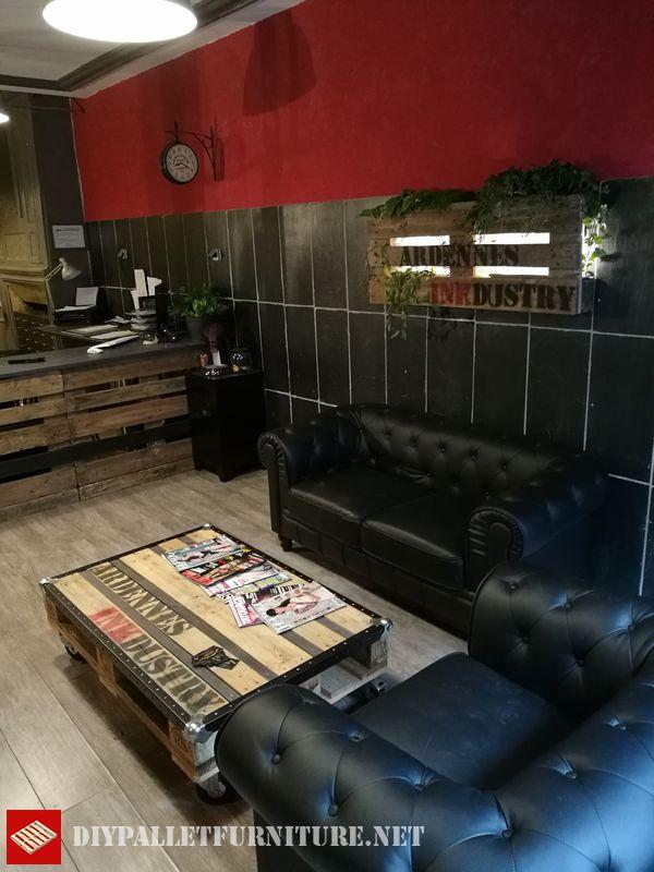 salle-dattente-meuble-avec-palettes-2