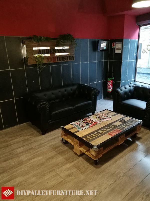 salle-dattente-meuble-avec-palettes-3