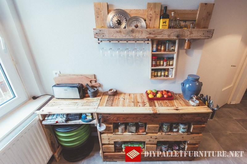 meubles de cuisine auxiliaires avec palettesmeuble en palette meuble en palette. Black Bedroom Furniture Sets. Home Design Ideas