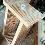 Table haute et tabouret avec palettes