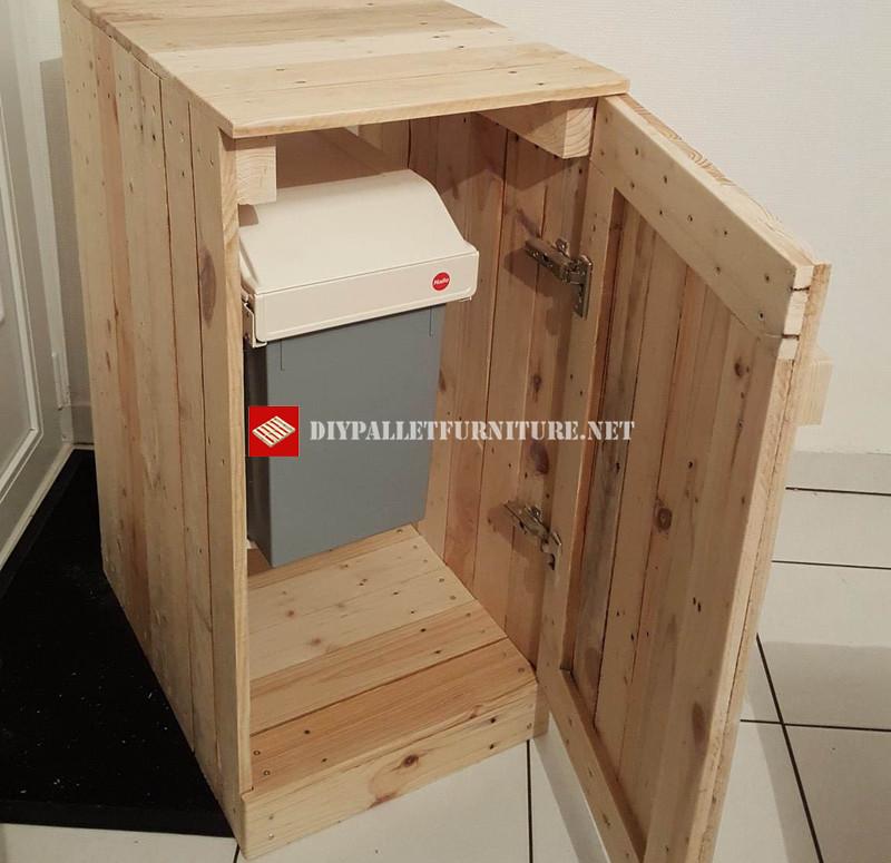 Distributeur pour recyclagemeuble en palette meuble en for Distributeur meuble
