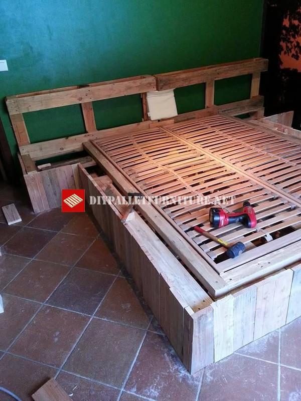 lit fait avec des palettes etape par etape 4meuble en palette meuble en palette. Black Bedroom Furniture Sets. Home Design Ideas