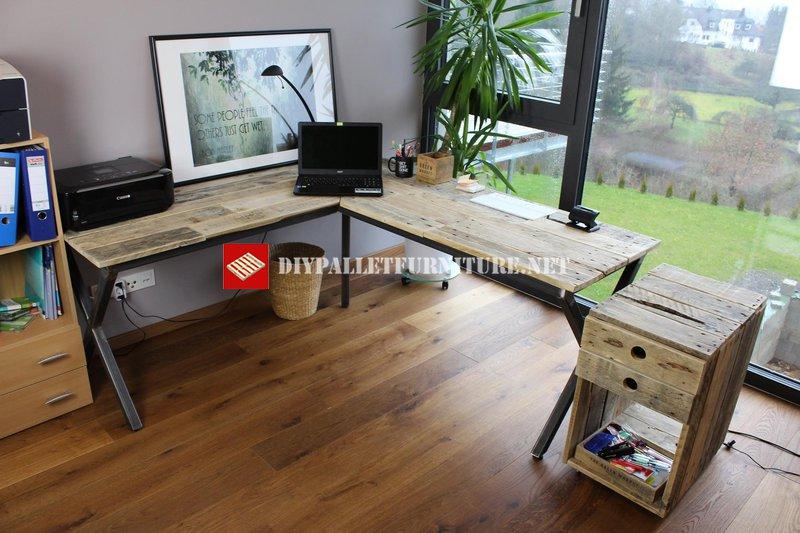 Bureau en palette facile fabriquer un bureau avec des palettes